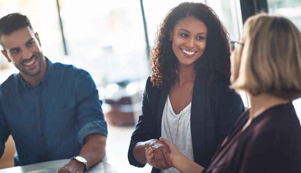 En tant que gérant d'actifs international, nous sommes convaincus que les investissements peuvent contribuer à bâtir un avenir durable et responsable, que ce soit en stimulant la croissance et l'innovation ou en aidant nos clients à atteindre leurs objectifs. Nous voulons aider chaque client à prendre la meilleure décision d'investissement possible, tout en apportant des changements positifs au monde dans lequel nous vivons.